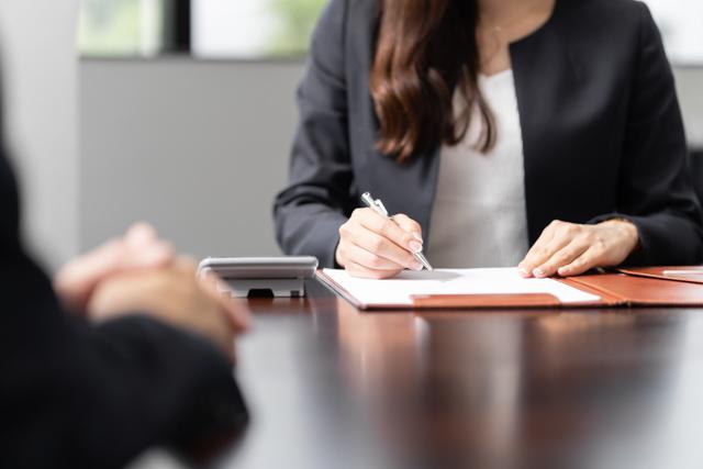 コーポラティブハウス管理組合が加入する保険は複数の保険会社から見積をとって比較検討しよう